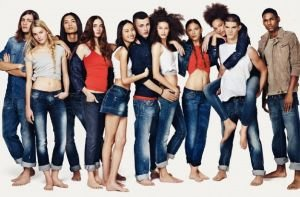2010-spring-summer-united-colors-of-benetton-campaign-jt3